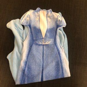 Disney Frozen II Elsa Wearable Fleece Blanket NEW